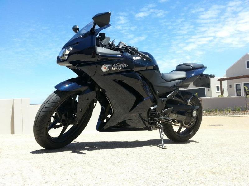 Ninja 250R pictures-1114_10151183855716026_1524653793_n.jpg