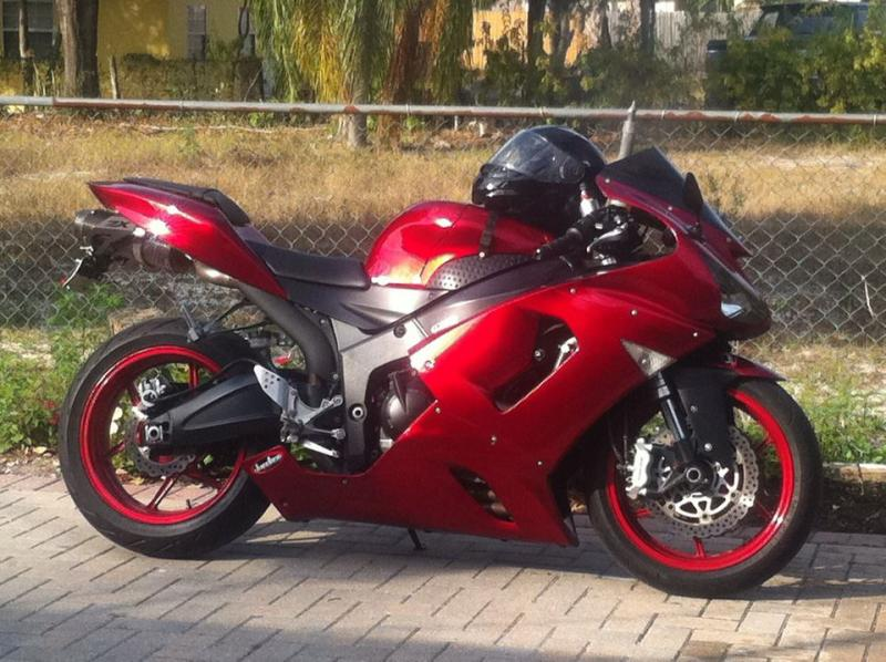 My new ZX6R (Special Edition)-297486_254559791313827_1403142123_n.jpg