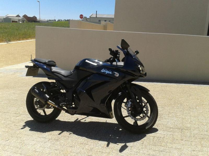 Ninja 250R pictures-3743_10151183854086026_698439175_n.jpg