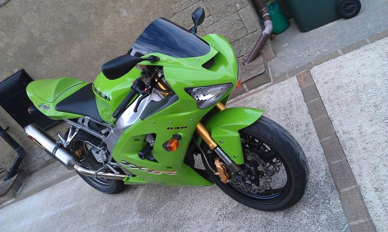 2003-2004 Kawasaki Zx-6r Picture Thread!!-472981_10150758601380205_2071049690_o.jpg