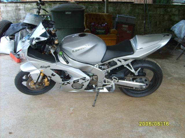 2003-2004 Kawasaki Zx-6r Picture Thread!!-darnell-022.jpg