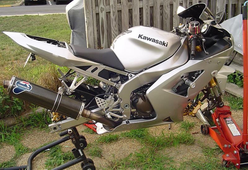 2003-2004 Kawasaki Zx-6r Picture Thread!!-dsc01597.jpg