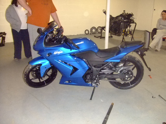 For all those wanting to lower the 08 ninja 250!!!-dscf3666.jpg