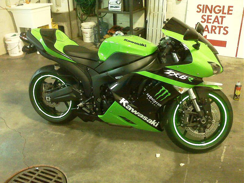 ZXR Vinyl Graphics Makeover KawiForums Kawasaki Motorcycle Forums - Best custom vinyl decals for motorcycle seat
