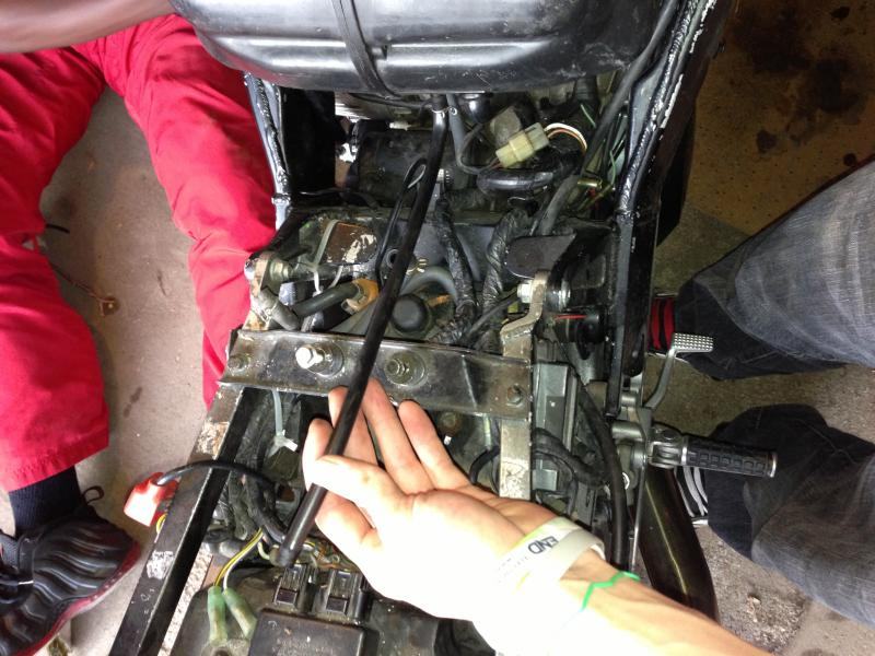 93 zx7 airbox removal - ZX Forums