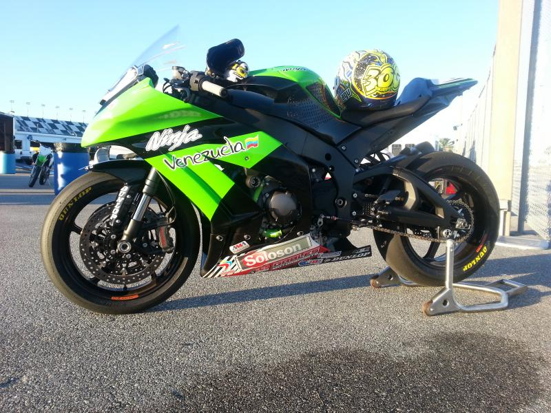 My precious 2012 ZX10 R race bike-img_4987-1-.jpg