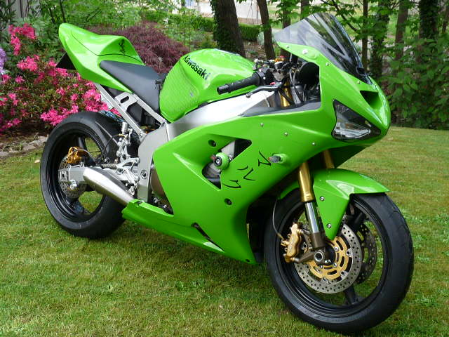 2003-2004 Kawasaki Zx-6r Picture Thread!!-p1100374.jpg