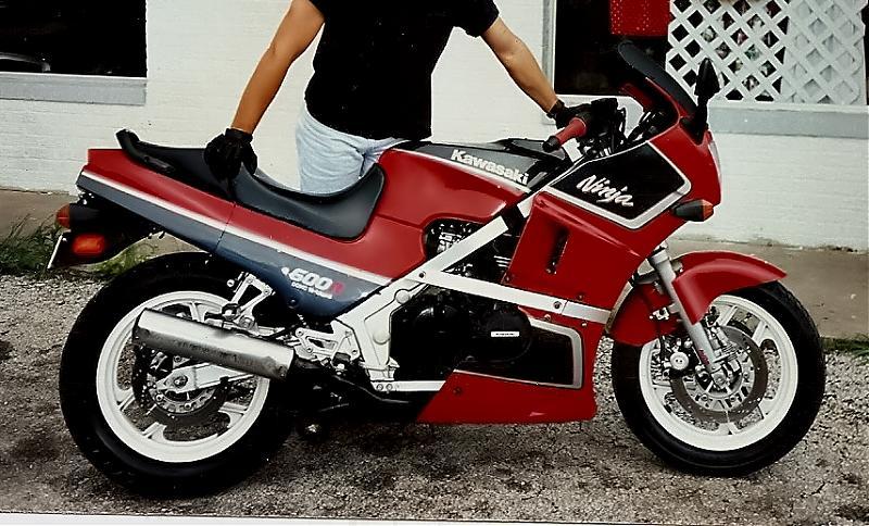 87 ZX600 Aluminum Frame Racebike-scan0043.jpg