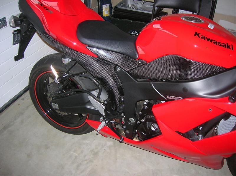Fs 2007 Red Kawasaki Ninja Zx6r W Cf Accessories Kawiforums