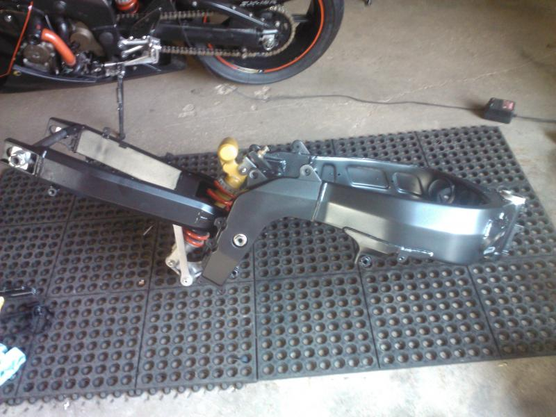 BadassJake Zx6R Spare Parts Bike build-wp_000217.jpg